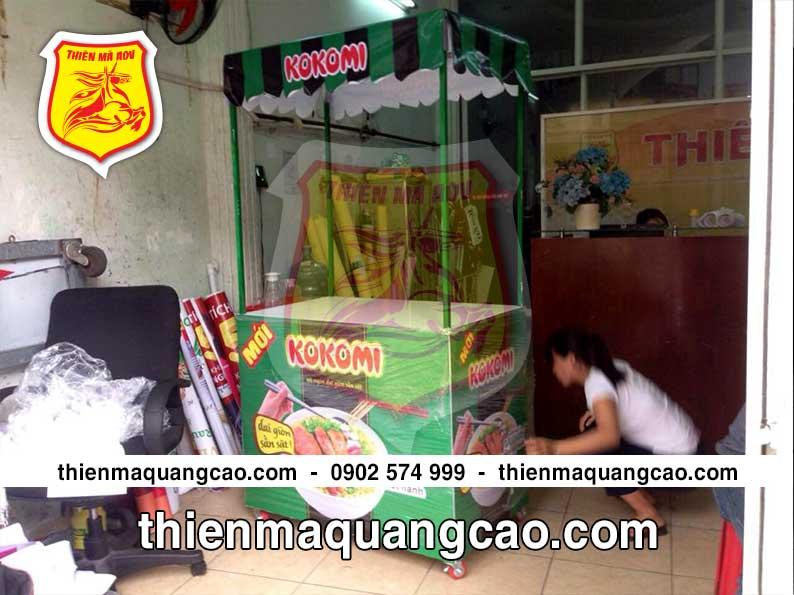 Mẫu quầy bán hàng di động quảng cáo sản phẩm mì Kokomi