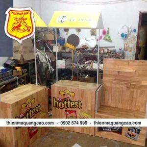 quầy bán hàng di động bằng gỗ